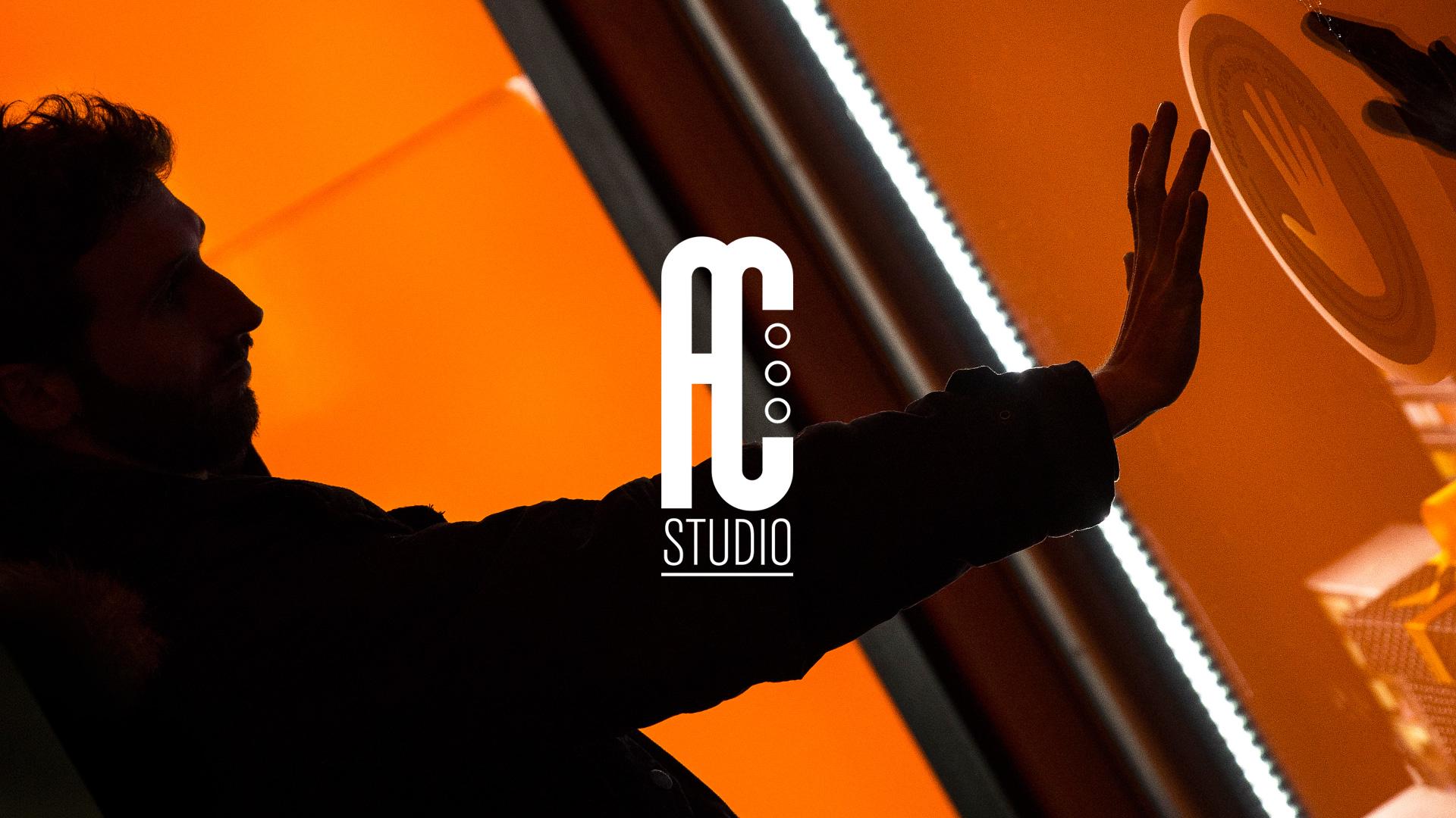 We are a multidisciplinary visual design studio based in Paris.
